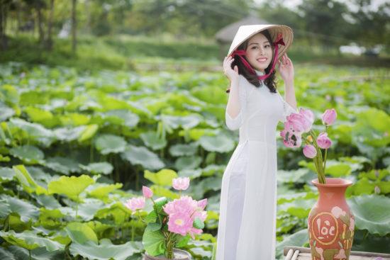 Bộ ảnh với sen – Lưu giữ thanh xuân – Bùi Minh Trang